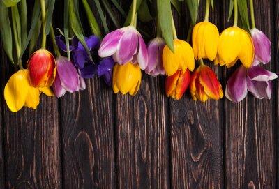 Obraz bukiet tulipanów na drewno