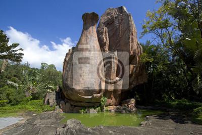 Butelka rock w centrum buddyzmu, Sanya na wyspie Hajnan, miasto, Chiny