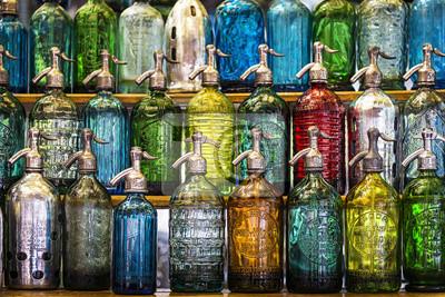 Butelki sody w San Telmo Rynku w Buenos Aires