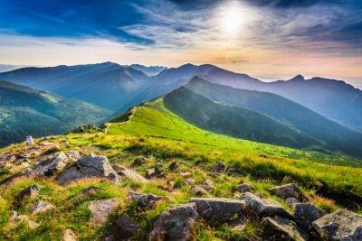 Obraz Cudowny zachód słońca w górach w lecie