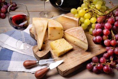 Obraz Czerwone wino, winogrona i ser