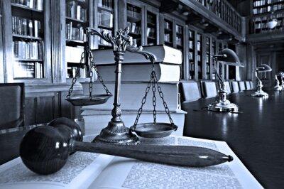 Obraz Dekoracyjne Scales of Justice w bibliotece