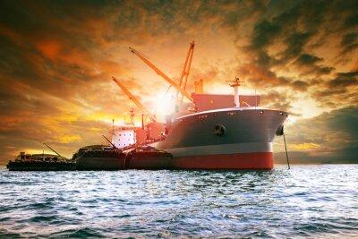Obraz duży przemysł do załadunku statków towarowych dla branży logistycznej