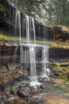 Dwupoziomowy Wodospad Wirginia Zachodnia