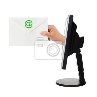 Ekran komputera i ręcznie z listu