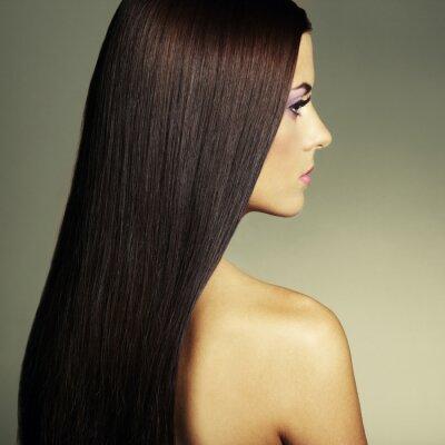 Obraz Fotografia mody młoda kobieta z ciemne włosy