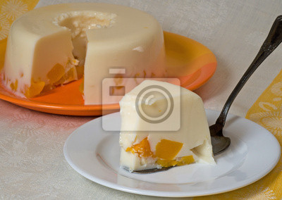 galaretka ciasto z owocami