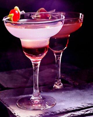 Obraz Granat napój z wiśni na czarnym tle. Karta Cocktail 90.