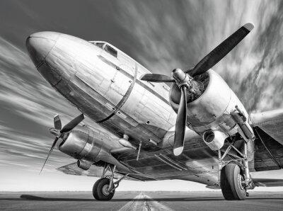 Obraz Historyczny samolot na pasie startowym