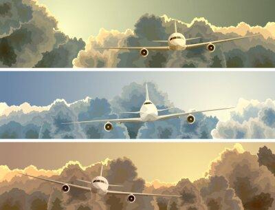 Obraz Horizontal banner samolotu wśród chmur.
