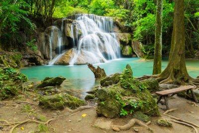 Obraz Huai Mae Khamin wodospad w prowincji Kanchanaburi, Tajlandia.