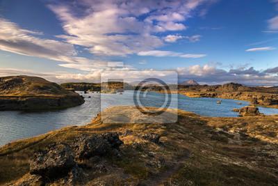 Islandia krajobraz _ jezioro Myvatn