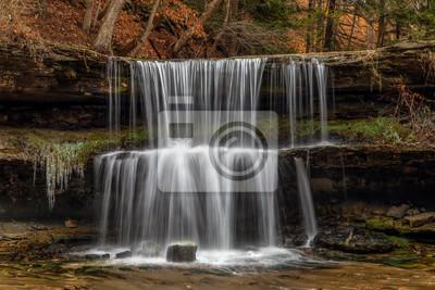 Jesień w Olglebay Falls - Wheeling, Wirginia Zachodnia
