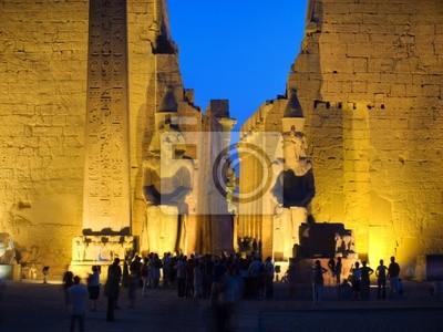 Kolos na wejściu świątyni Luxor, Teby. Egipt series