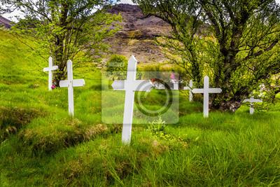 Krzyże na grobach w Islandii