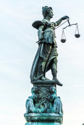 Obraz lady sprawiedliwości w Frankfurcie