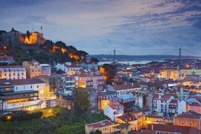 Obraz Lizbona. Obraz Lizbonie podczas zmierzchu niebieskim godzinę.