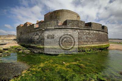 Mały fort na wybrzeżu kanału La Manche w Nord - Pas-de-Cala