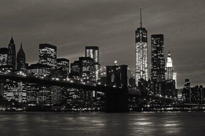 Obraz Manhattan and Brooklyn Bridge at night