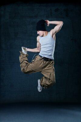 Obraz Młoda tancerka hip hop skoki