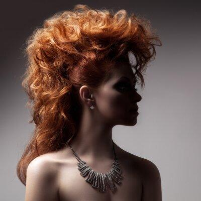 Obraz Moda Portret kobiety Luxury z biżuterią.