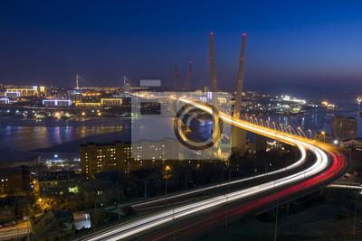 Most przez zatokę Zolotoy Rog, Władywostok, Rosja