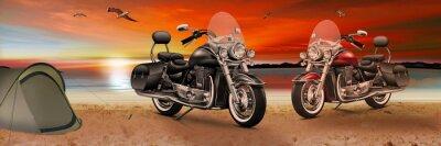 Obraz Motocykl, rower na plaży o zachodzie słońca w godzinach wieczornych
