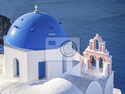 niebieski top i dzwonnica