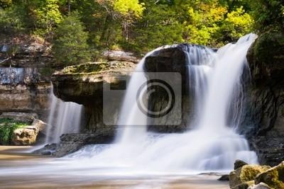 Obok wodospadu