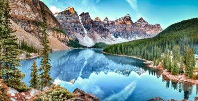 Obraz Panorama jeziora Moraine w Banff National Park, Alberta, Kanada