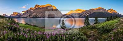 Obraz Panorama sunrise at Bow Lake, Park Narodowy Banff