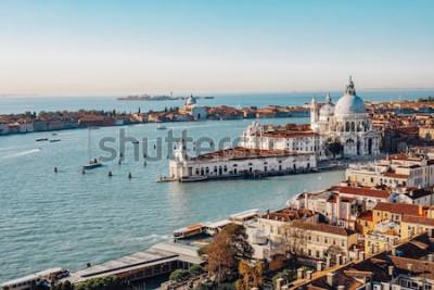 Obraz Panoramiczny widok z lotu ptaka Wenecji od San Marco Campanile. Kanał Grande, bazylika Santa Maria della Salut. Włochy