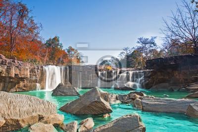 Paradise wodospad w dżungli Tajlandii