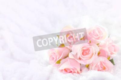 Obraz Pastel Pink Rose Kolorowe Sztuczna ślubne Bukiet ślubny na białym tle futra z miękkim rocznika tonu