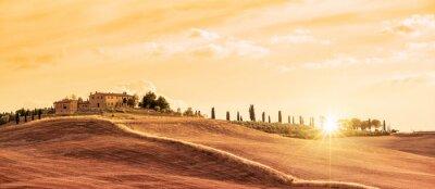 Obraz Piękna panorama typowa panorama Toskanii o zachodzie słońca, Włochy