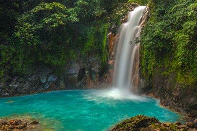 Obraz Piękny wodospad w Rio Celeste
