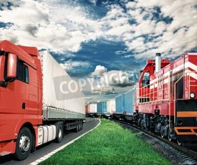 Obraz Pociąg towarowy i ciężarówki jako koncepcji transportowej