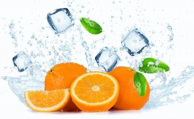 Obraz Pomarańcze z plusk wody