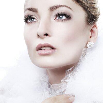 Obraz portret dziewczyna jest w stylu mody. Dekoracja ślubna. Odizolowany