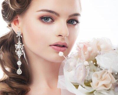 Obraz Portret piękne panny młodej na białym tle