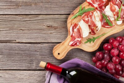 Obraz Prosciutto i mozzarella z czerwonego wina