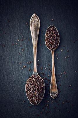 Obraz Prosta martwa natura z nasion gorczycy czarnej