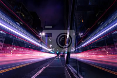 Obraz Reflexo de movimento do trânsito em grande avenida - Avenida Paulista, São Paulo, Brasil