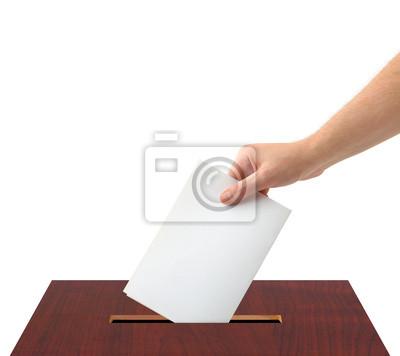 Ręka z głosowaniu i pole