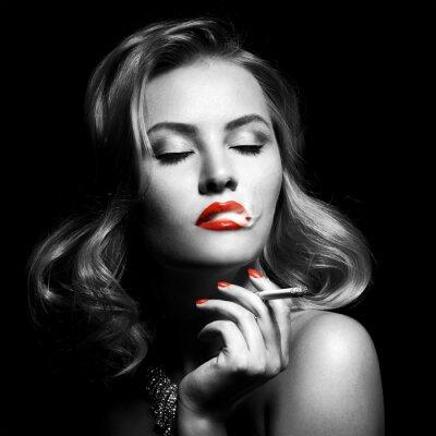 Obraz Retro Portret piękne kobiety z papierosem