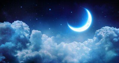 Obraz Romantyczny Księżyc W Gwiaździsta noc nad Clouds