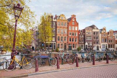 Obraz Rowery zaparkowane na most w Amsterdamie