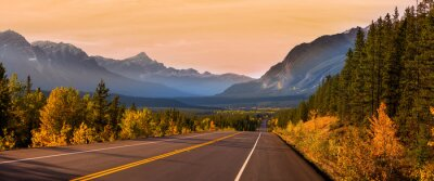 Obraz Scenic Icefields parkway in twilight at Jasper national park Canada