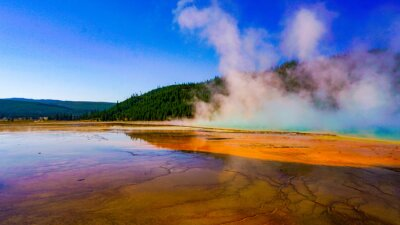 Obraz Scenic View Of Lake At Yellowstone National Park Against Sky