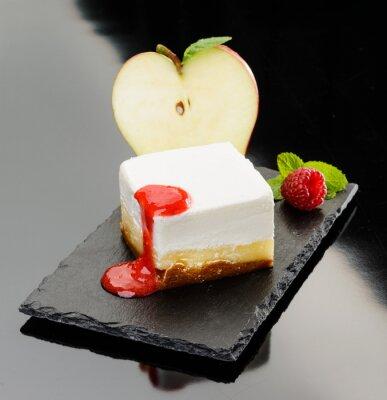Obraz Sernik con mela e mus di lampone